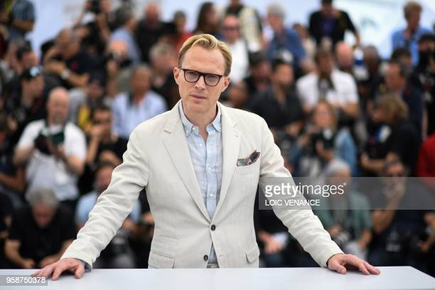 British actor Paul Bettany poses on May 15 2018 during a photocall for the film Solo A Star Wars Story at the 71st edition of the Cannes Film...