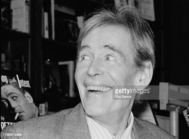 British actor Peter O'Toole smiles during a signing for his autobiography 'Loitering With Intent' at Brentano's Books New York New York April 5 1993