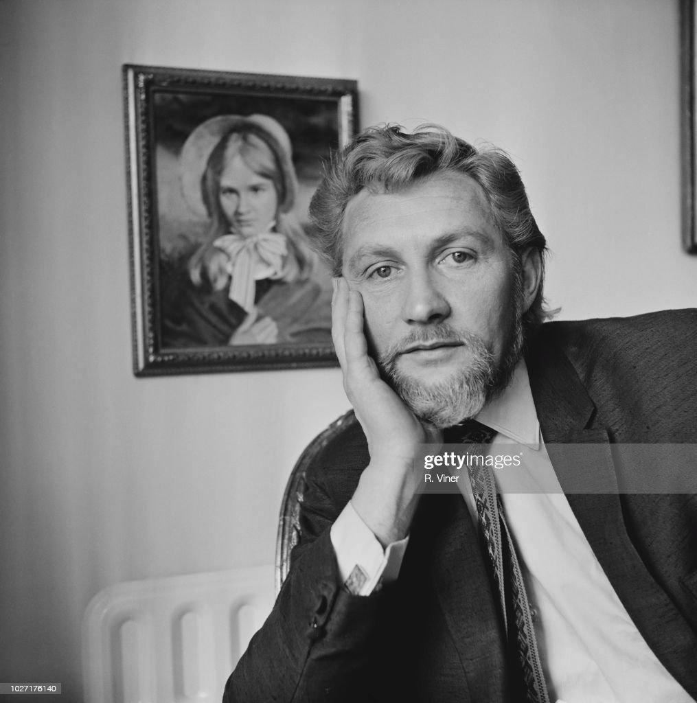 pictures Colin Jeavons (born 1929)