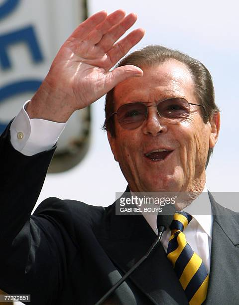 British actor Sir Roger Moore delivers a speech as he is honored with a Star on the Hollywood Walk of Fame 11 October 2007 in Hollywood California...