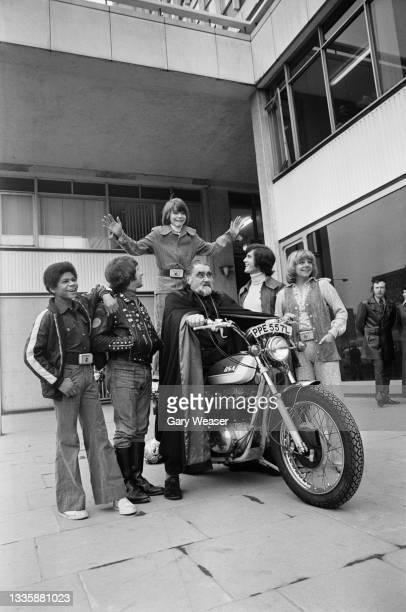 British actor Stephen Salmon, British actor Derek Crewe, British actor Francis de Wolff , British actor Nicholas Young, British actress Sammie...