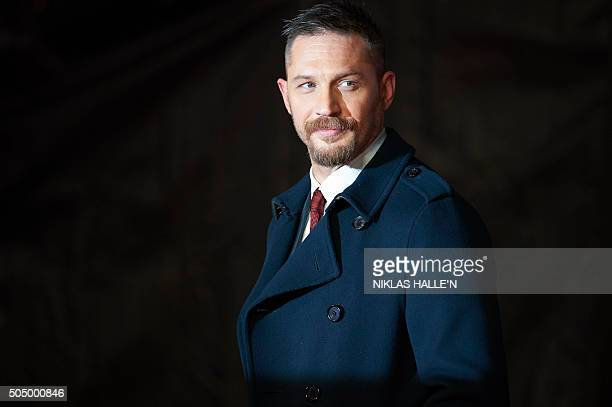 British actor Tom Hardy poses on arrival for the premiere of the film 'The Revenant' in London on January 14, 2016. AFP PHOTO / NIKLAS HALLE'N / AFP...