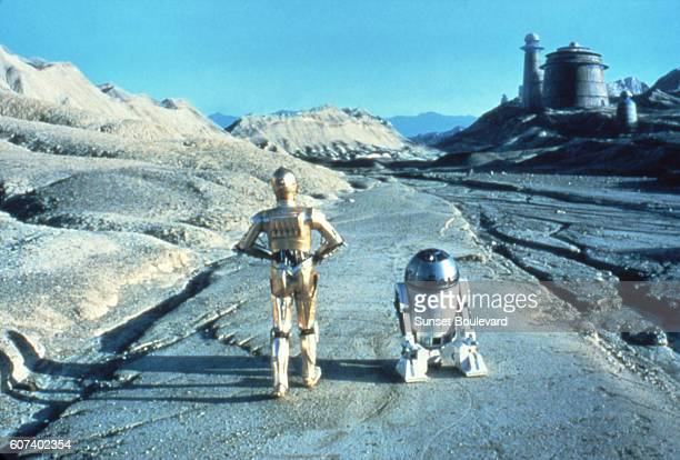 British actors Anthony Daniels and Kenny Baker on the set of Star Wars Episode VI Return of the Jedi directed by Welsh Richard Marquand