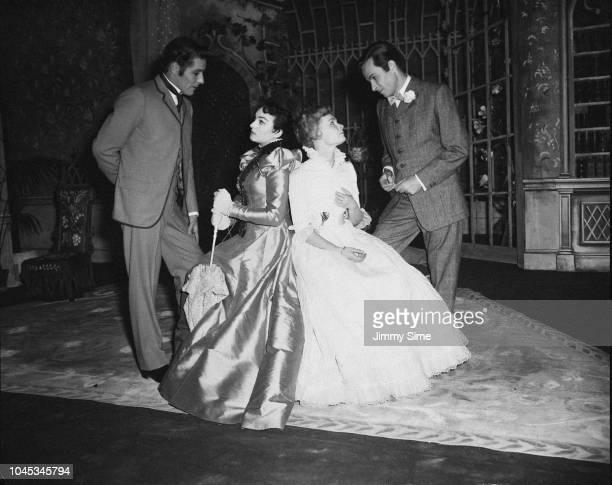 British actors John Justin , Barbara Jefford, Judi Dench and Alec McCowen during a dress rehearsal of 'The Importance of Being Earnest', at the Old...