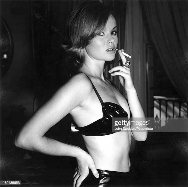 British actress Amanda Holden posed in 1995