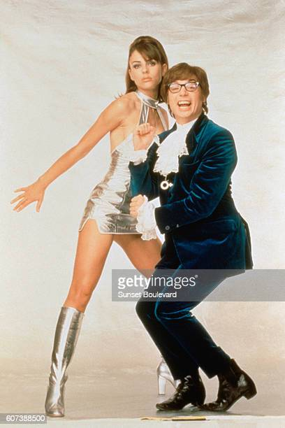 British actress and model Elizabeth Hurley and canadian actor screenwriter and producer Mike Myers on the set of <Austin Powers International Man of...