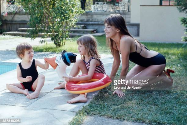 British actress and singer Jane Birkin with her daughters Kate Barry and Charlotte Gainsbourg