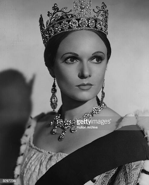 British actress Anna Neagle plays the young Queen Victoria in the RKO film 'Sixty Glorious Years' directed by Herbert Wilcox for Imperator