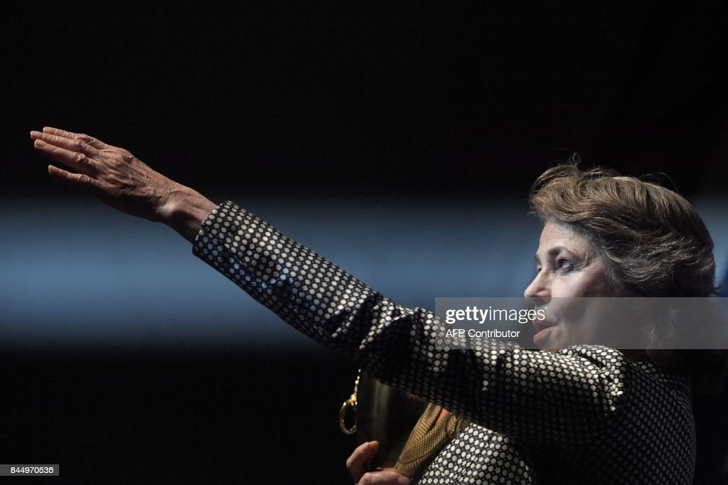 British actress Charlotte Rampling poses during a photcall after she receives the Coppa Volpi for Best Actress for her character in the movie 'Hannah' during the award ceremony of the 74th Venice Film Festival on September 9, 2017 at Venice Lido. / AFP PHOTO / Tiziana FABI