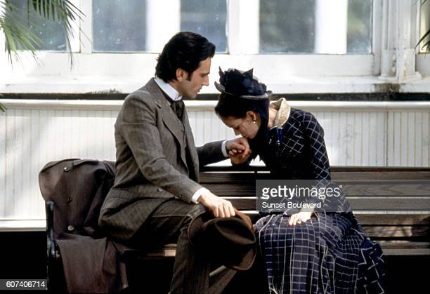 British actress Daniel DayLewis and American actress Winona Ryder on the set of The Age of Innocence based on the novel by Edith Wharton and directed...