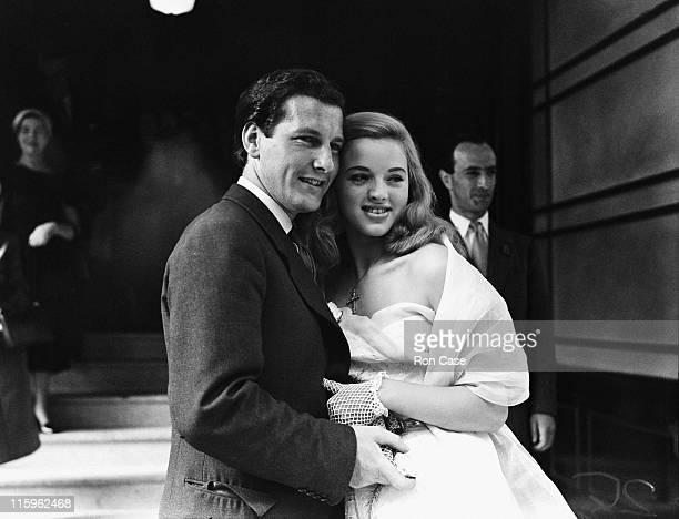 British actress Diana Dors with her husband Dennis Hamilton after their wedding at Caxton Hall, Westminster, London, 3rd July 1951.