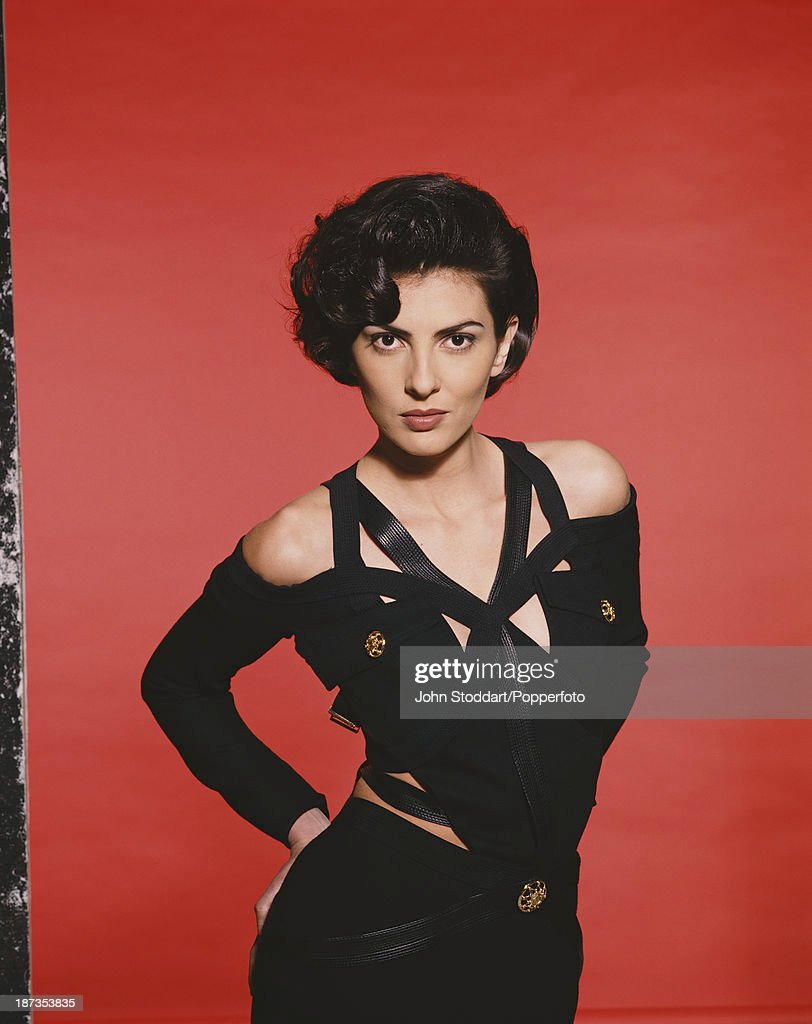 British actress Gina Bellman, 1993.