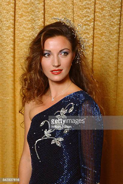 British actress Jane Seymour attends the 1984 People's Choice Awards ceremony in Los Angeles