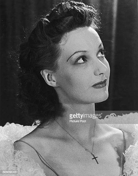 British actress Judy Campbell , circa 1940. Original publication : Picture Post - 276 - New Faces - pub. 1940