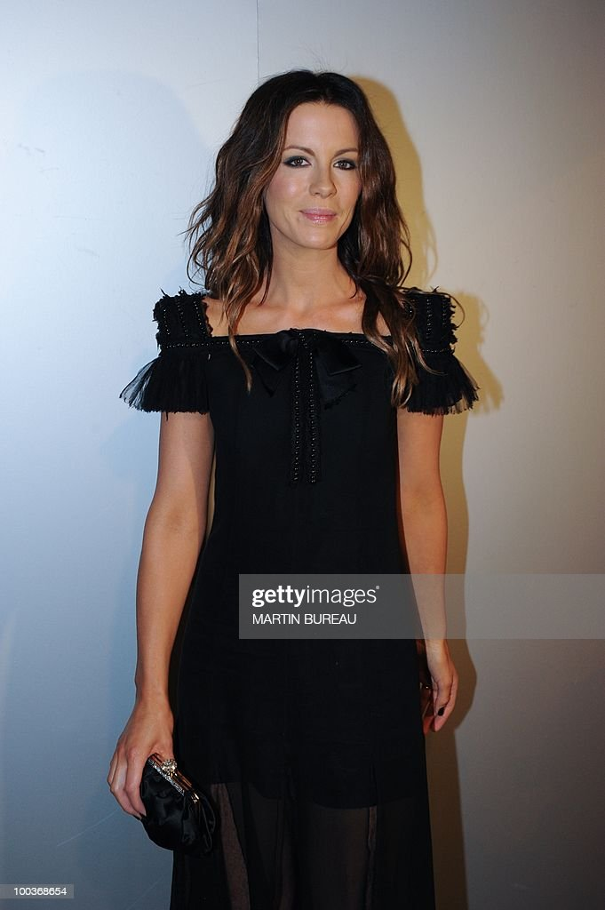 British actress Kate Beckinsale arrives to attend the Figaro Madame/Chanel dinner during the 63rd Cannes Film Festival on May 18, 2010 in Cannes.