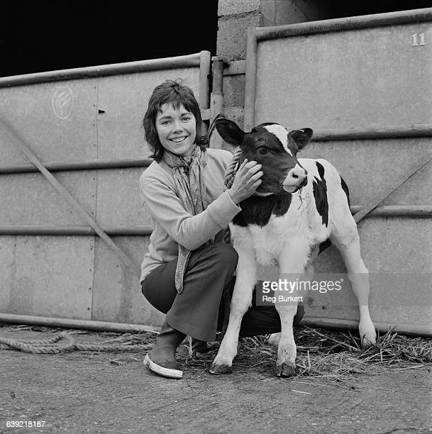 British actress Lucy Fleming at home in Oxfordshire UK 7th May 1971 She is the daughter of actress Celia Johnson and the niece of author Ian Fleming