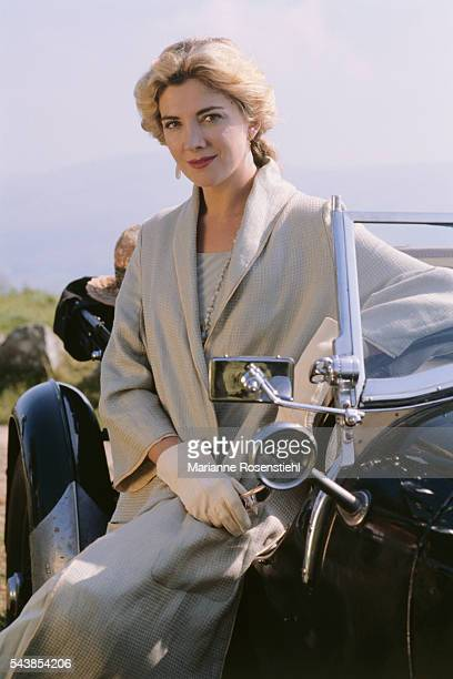 British actress Natasha Richardson on the set of Widows' Peak by British director John Irvin