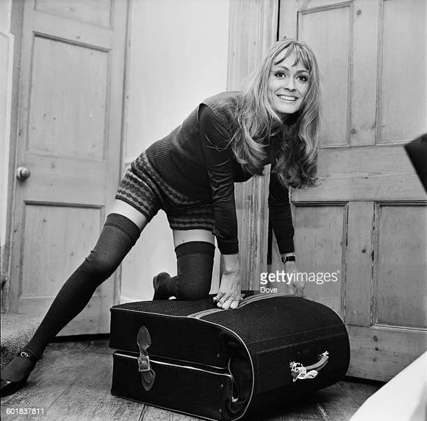 British actress Suzy Kendall leaves home for a holiday in Mexico UK 31st December 1970