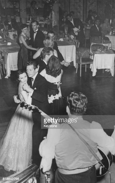British actress Vivien Leigh dancing with actor Danny Kaye at the Cafe de Paris London 12th July 1951