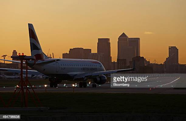 A British Airways aircraft operated by British Airways Plc prepares to take off from London City Airport in London UK on Wednesday Oct 28 2015 Global...