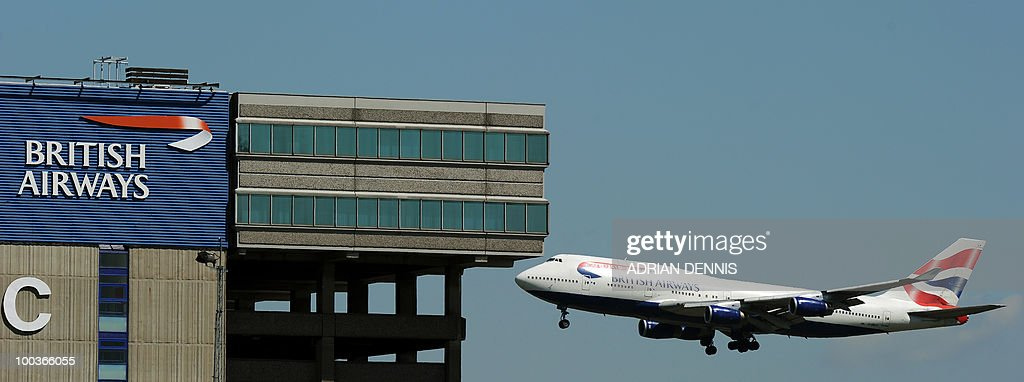 A British Airways aircraft prepares to land at Heathrow Airport, west of London, on May 24, 2010. Thousands of air travellers faced renewed travel chaos on Monday as British Airways cabin crew launched a five-day strike, after last-ditch negotiations collapsed. AFP PHOTO/Adrian Dennis