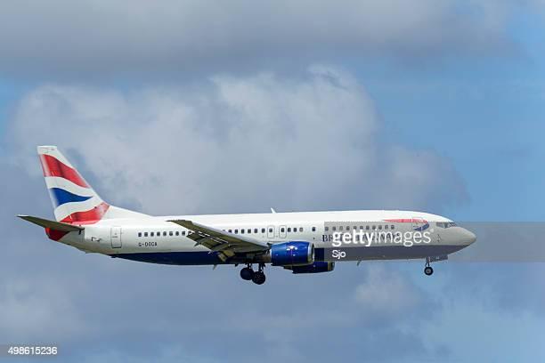 , a British Airways avião a aproximar-se do aeroporto