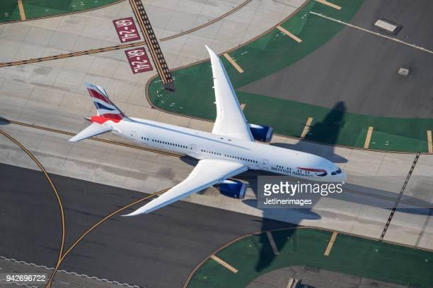british airways boeing 787 dreamliner - british airways stock pictures, royalty-free photos & images