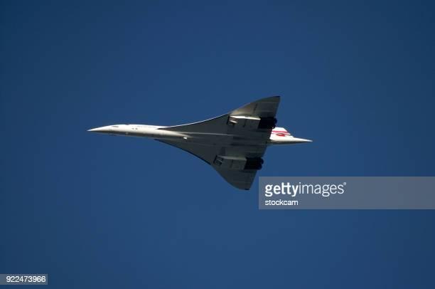 british airways concorde avion supersonique - avion supersonique concorde photos et images de collection