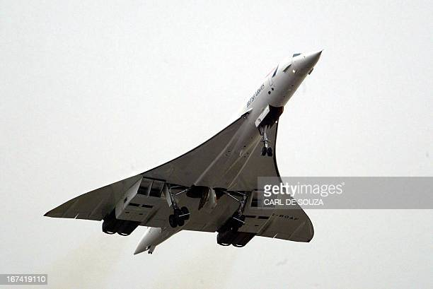 A British Airways Concorde takeoff at Heathrow Airport for its last flight 26 November 2003 in London this plane will land at Filton airport in...
