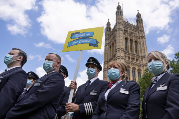 GBR: Travel Industry Stages Protest At Parliament Over Continued Restrictions