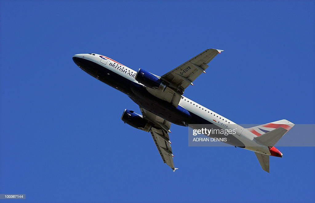 A British Airways passenger plane takes off from Heathrow Airport, west of London, on May 24, 2010. Thousands of air travellers faced renewed travel chaos on Monday as British Airways cabin crew launched a five-day strike, after last-ditch negotiations collapsed. AFP PHOTO/Adrian Dennis