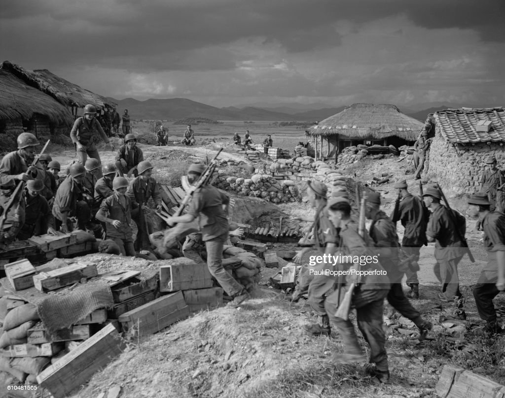 United nations pictures getty images british and american troops greet each other on the nakdong river in south korea during m4hsunfo