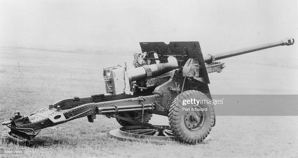 A British anti-tank gun, France  News Photo - Getty Images