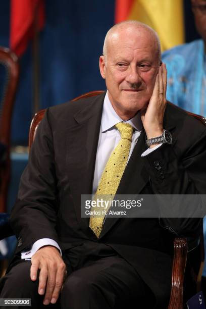 British architect Sir Norman Foster attends Prince of Asturias Awards 2009 ceremony at 'Campoamor' Theater on October 23 2009 in Oviedo Spain