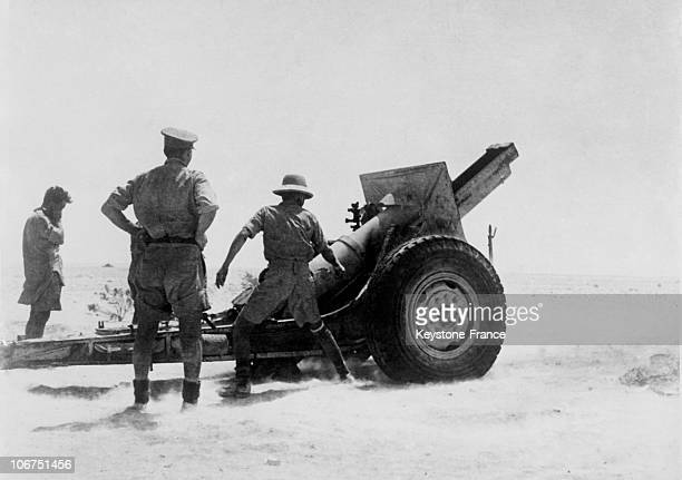 British Army 155Mm Howitzer In Action Somewhere In The Lybian Desert On September 1942