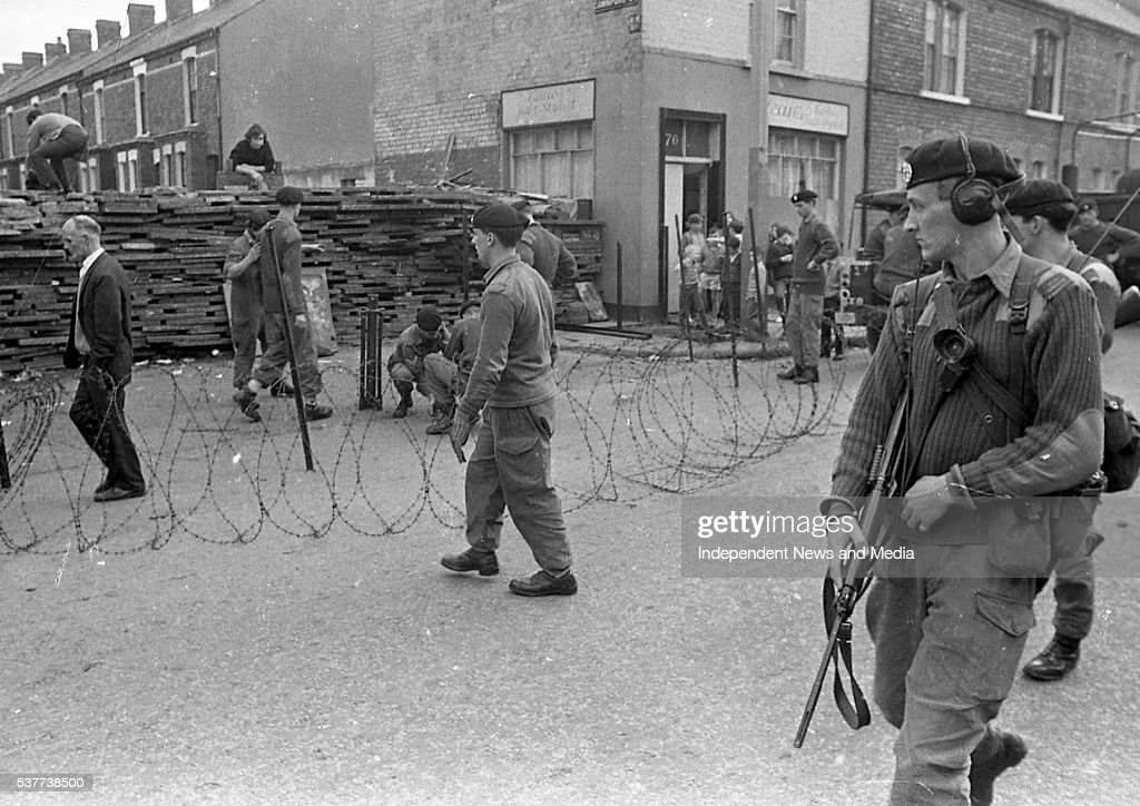Northern Ireland Troubles : News Photo