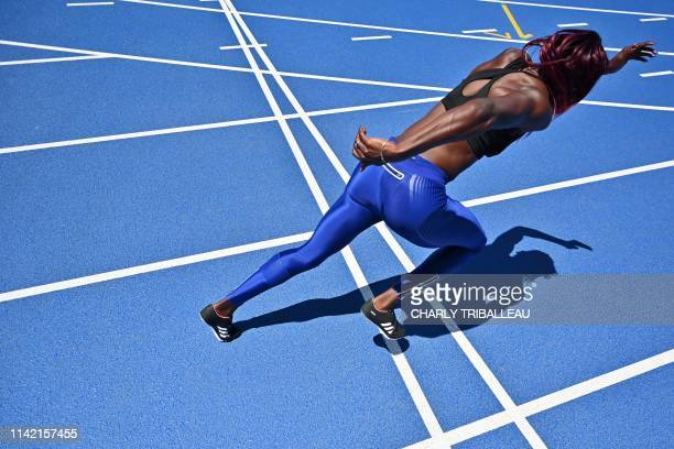 British athlete Desiree Henry trains with the new mixed 400metre relay team at Todoroki stadium in Kawasaki on May 8 2019 The new mixed 4x400m relay...
