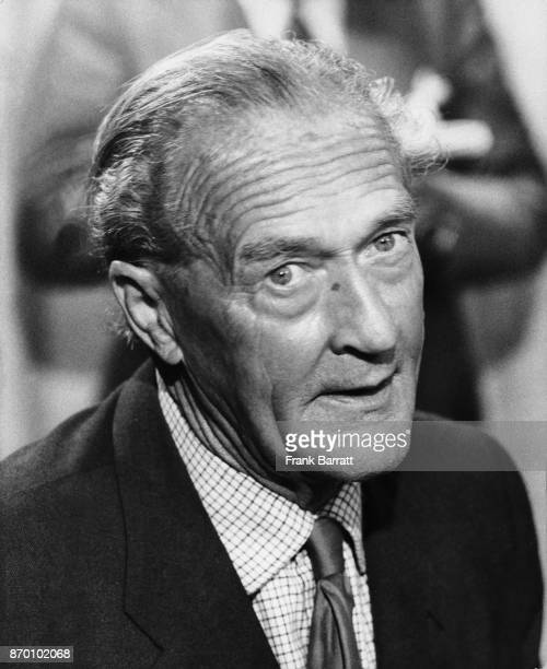 British author and lecturer Denis Hills arrives back at Heathrow Airport UK after his release from prison in Uganda 11th July 1975 He had been...