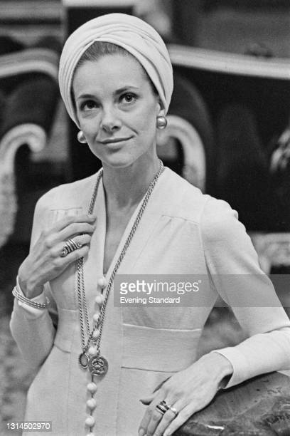 British ballet dancer Doreen Wells, the wife of Alistair Vane-Tempest-Stewart, 9th Marquess of Londonderry, UK, 12th December 1973.