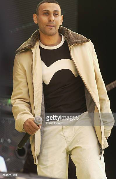 British boxer Prince Naseem Hamed performs on stage at the Prince's Trust Party in the Park 2002 in Hyde Park on July 7 2002 in London