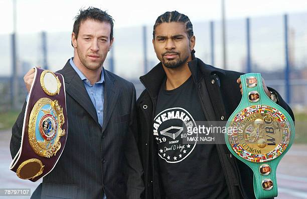 British boxers Enzo Maccarinelli and David Haye pose during their photocall in London 07 January 2008 ahead of their World cruiserweight title bout...