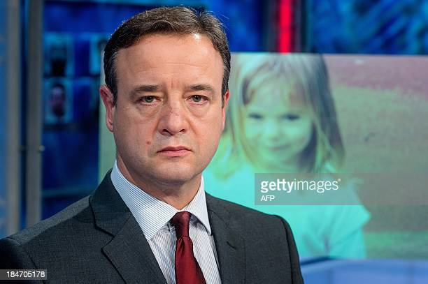 British chief inspector Andy Redwood, leading the investigation in the disappearance of Madeleine McCann in Praia da Luz, Portugal, in 2007, calls on...