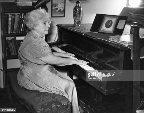 British classical pianist Adelina De Lara OBE plays the piano in her cottage in Woking Surrey 19th January 1952