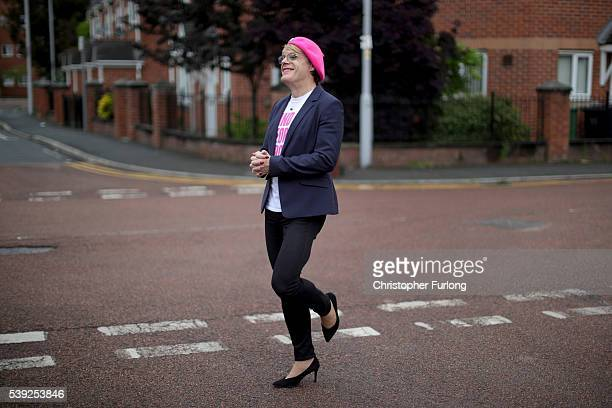 British comedian and actor Eddie Izzard campaigns for the Labour In campaign for the EU referendum on June 10 2016 in Manchester England Eddie Izzard...