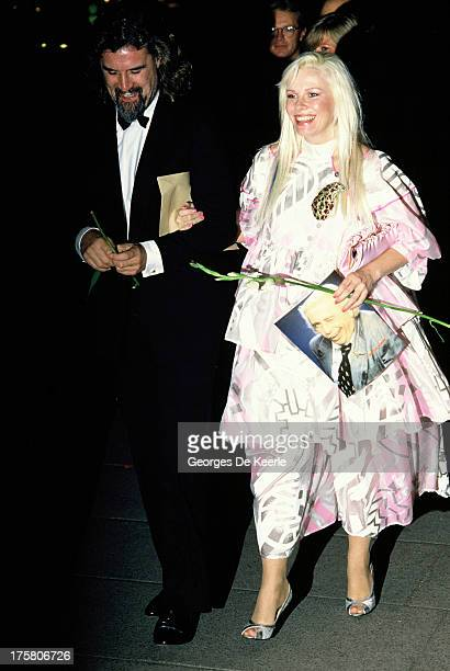 British comedian Billy Connolly and his wife Pamela Stephenson on May 2 1988 in London England