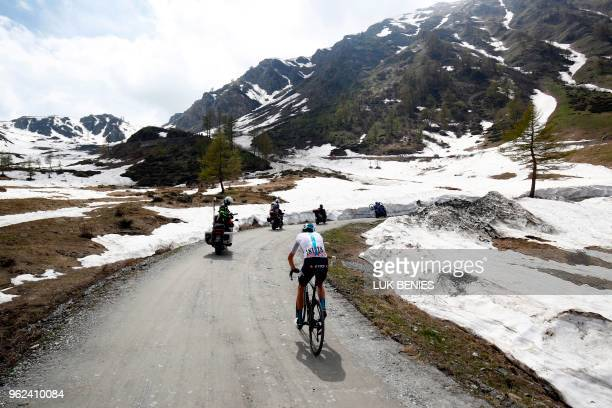 British cyclist Christopher Froome rides on the Colle delle Finestre during the 19th stage from Venaria Reale to Bardonecchia during the 101st Giro...