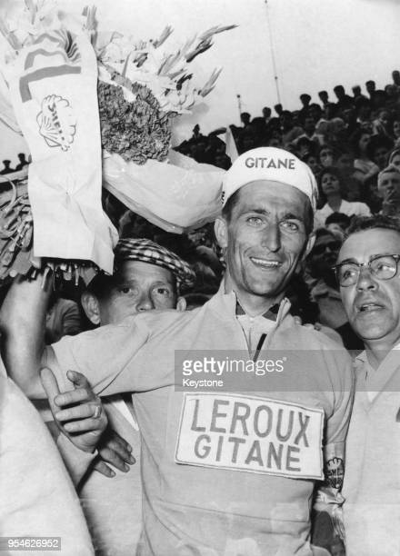 British cyclist Tom Simpson becomes the first British rider to wear the yellow jersey during the Tour de France after the 12th stage 6th July 1962
