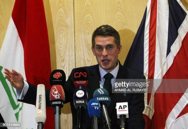 British Defense Minister Gavin Williamson gives a press conference at the British Embassy in Baghdad on January 4 2018 / AFP PHOTO / AHMAD ALRUBAYE