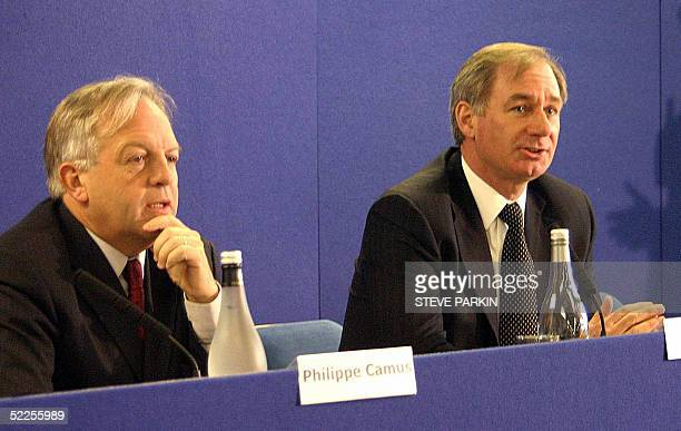 British Defense Secretary Geoff Hoon and EADS CEO Philippe Camus give a press conference 28 February 2005 in Chester Britain announced that the...