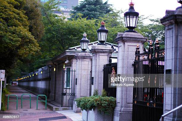 british embassy in japan - british embassy stock pictures, royalty-free photos & images
